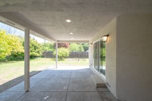 intside view of patio and concrete